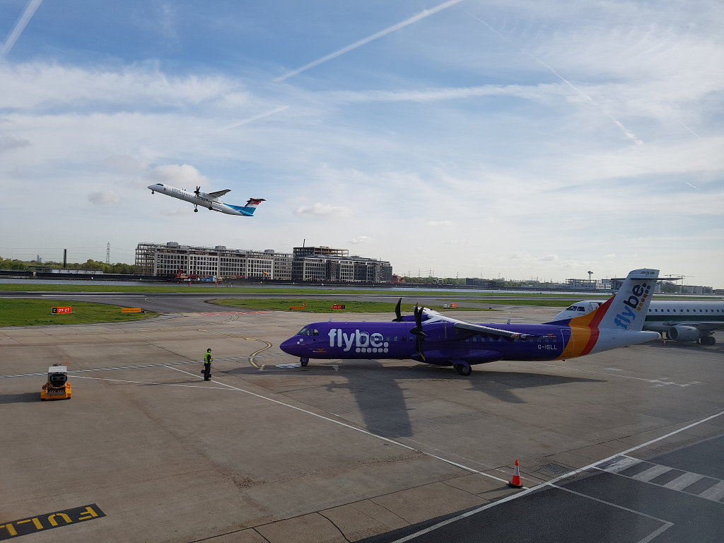 Flybe at London City Airport with a Westerly Departure